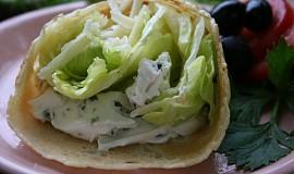 Palačinky plněné salátem