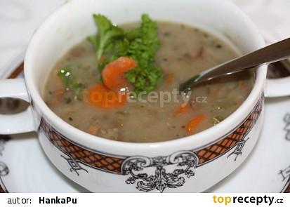 Čočková polévka s houbami