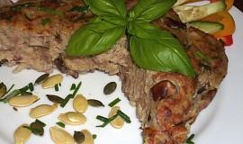 Cuketovo-bramborový nákyp s mletým masem a houbami