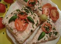 Pomazánka surimi se salámem a sýrem