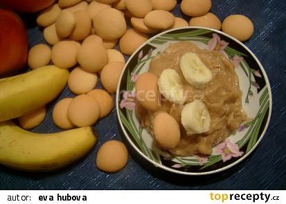 Banány s piškoty a přesnídávkou