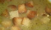 Chlebová polévka s cibulí a s česnekem
