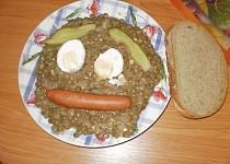 Čočka na kyselo s párkem a vajíčkem
