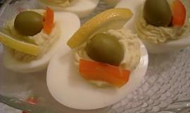 Plněná vejce s krabem a sýrem