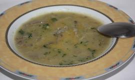 Jemná polévka s hlívou ústřičnou