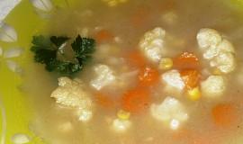 Pikantní dýňová polévka s kukuřicí