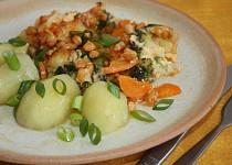 Zeleninová směs s máslovou krustičkou