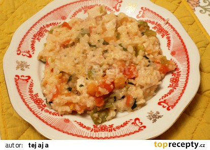 Rýžový pilaf s rajčatovou šťávou