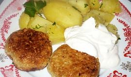 Vločkovo-sýrové karbanátky