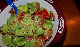 Avokádový salát s fetou