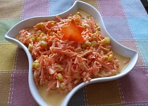 Mrkvový salát s kukuřicí