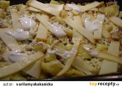 Zapečené brambory s hlívou ústřičnou a s mletým masem