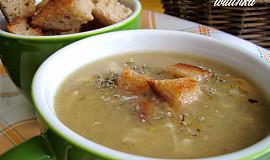 Babiččina chlebová polévka