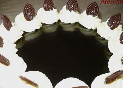 Polevu jsem použila na celý velký dort.