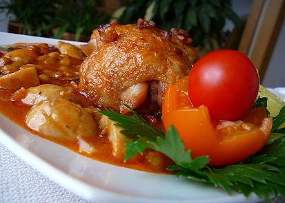 Kuře na pikantní čočkové omáčce