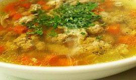 Kuřecí polévka s knedlíčky