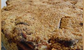 Drobenkový jablečný koláč