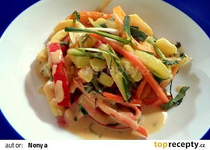 Letní bramborový salát z woku