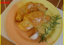 Rohlíčky s česnekem