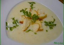 Kedlubnová nebo květáková mléčná polévka