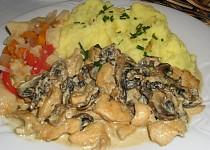 Kuřecí prsa s houbami a kari
