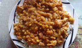 Kuřecí směs s hráškem a kukuřicí