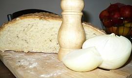 Bramborový chlebík babičky Bé s improvizovanou nivovou pomazánou pana  El
