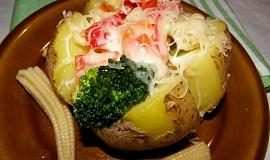 Brambory plněné zeleninou
