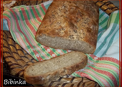 Chlebík s instantním česnekem a kmínem