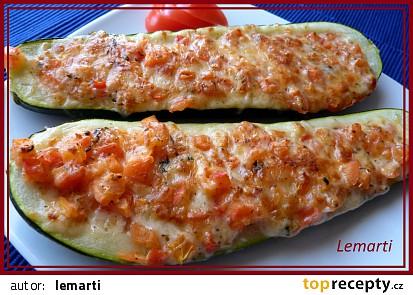 Cuketa se sýrem a rajčaty