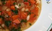 Dietní fazolová polévka s celerem - Fassolada me Selino