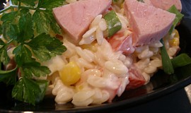 Salátek z těstovinové rýže