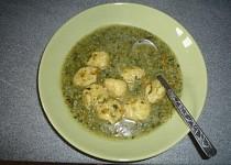 Špenátová polévka s nočky