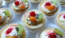 Vykrajované ovocné košíčky