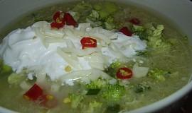 Brokolicová polévka s bramborami a sýrem