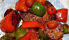 Kotletky v pikantní šťávě na zelenině