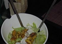 Ledový salát s křupavým masem