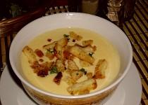 Polévka z tapinamburů