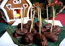 Silvestrovské/party plněné švestky v čokoládě