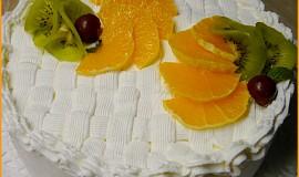 Dia dort plněný tvarohem a ananasem