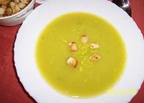Fofr pórková  polévka