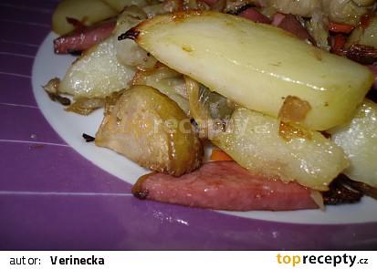 Pečené brambory s růžičkovou kapustou