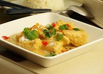 Asijské kuřecí karí s jasmínovou rýží