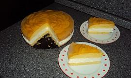 Broskvový tvarohový dort