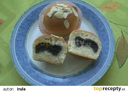 Makové muffiny s mandlemi