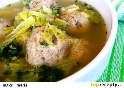 Ovarová polévka s kapustou a knedlíčky z prejtu