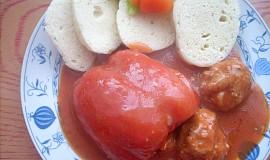 Papriky plněné masem a pohankou