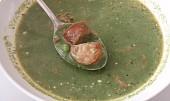 Pikantní špenátová polévka