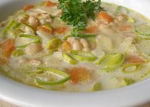 Zeleninovo - fazolová polévka s chutí křenu