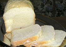 Bílý toustový chléb